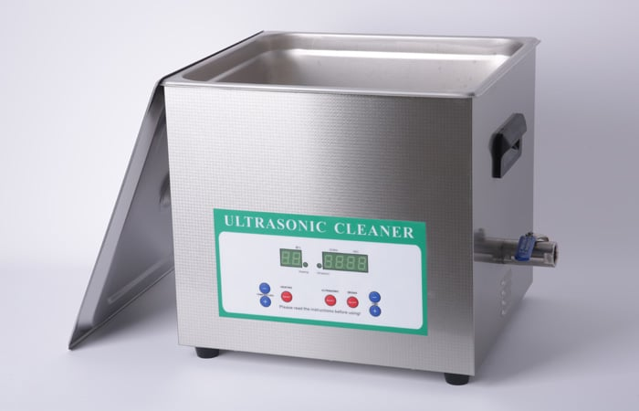 Ultrasonic Cleaner with Degassing
